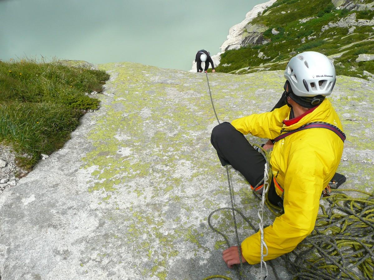 Klettergurt Für Mehrseillängen : Kletterkurs mehrseillängen bergell kurse & touren