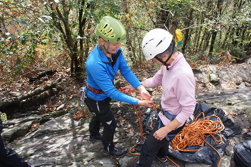 Kletterausrüstung Mieten Zürich : Basiskurs tessin kurse & touren
